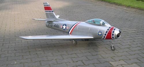 F 86 Sabre  Voll-GFK