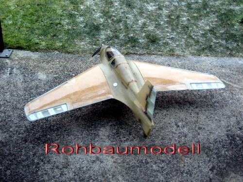 Fertigstellungspreis Me 163 B 1a Voll-GFK  M 1:6 1550 mm