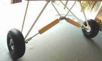Scale-oeldruckfahrwerk Piper M 1:4